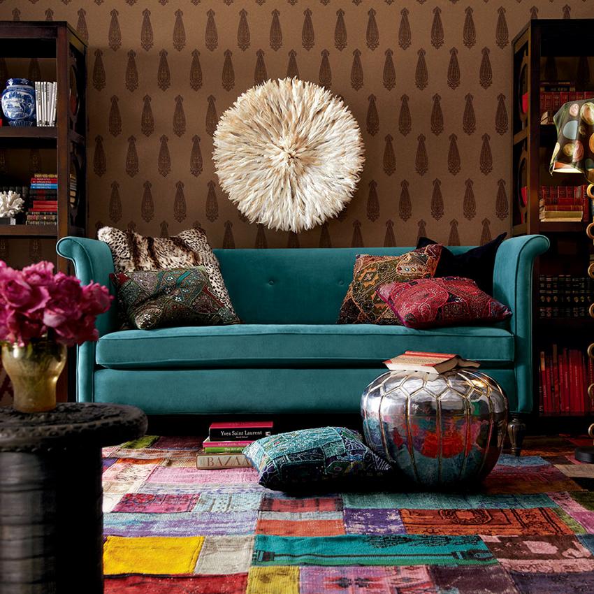 Для бохо уместно использование большого количества цветов в одном помещении