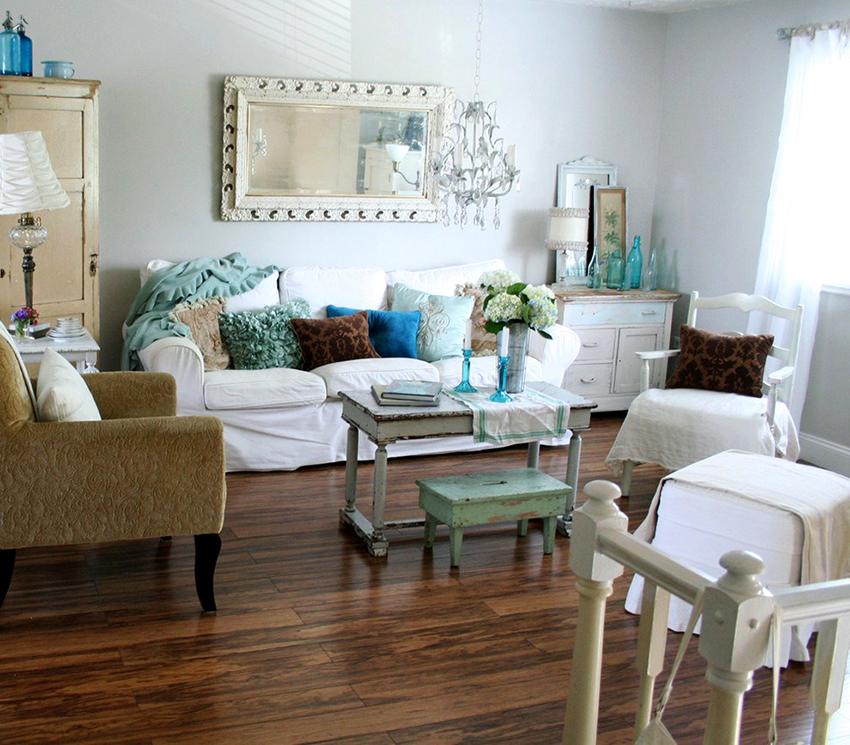 В помещении шебби шик уместно использовать голубые, желтые, розовые и зеленые цвета