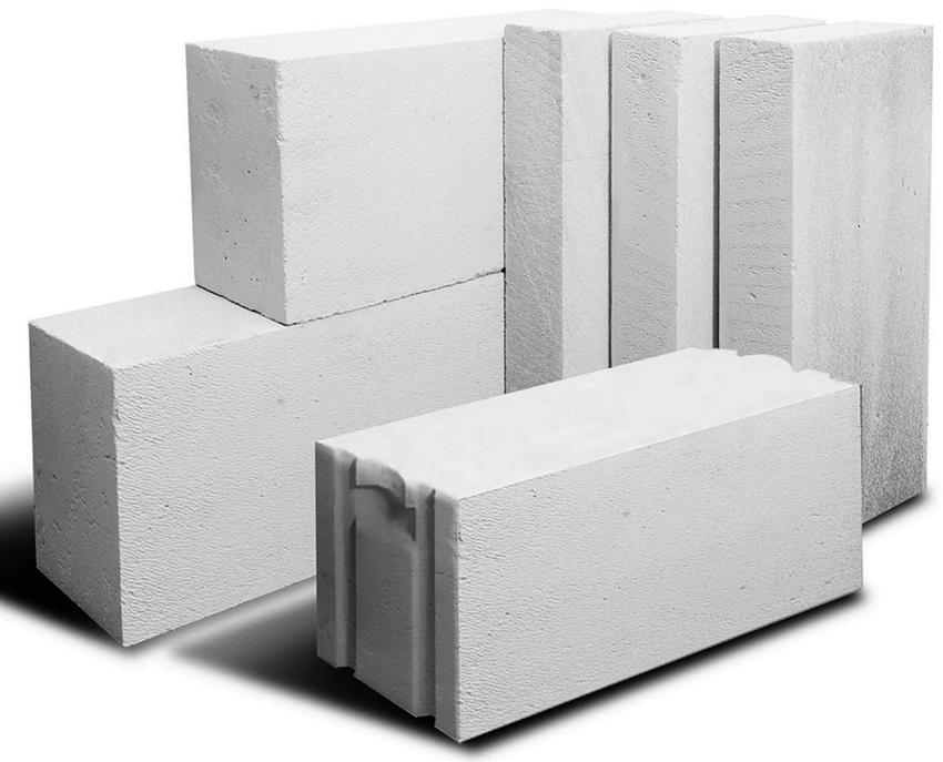 Для возведения стен подходят пеноблоки размером 200х300х600 мм