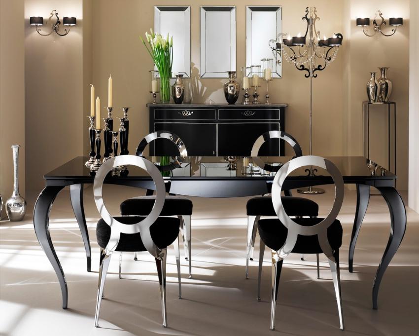 Кухонные стулья из метала являются очень жесткими, поэтому они требуют наличия обивки