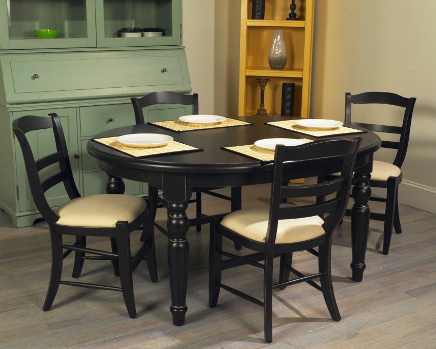 Кухонные деревянные стулья наиболее распространены на рынке мебели