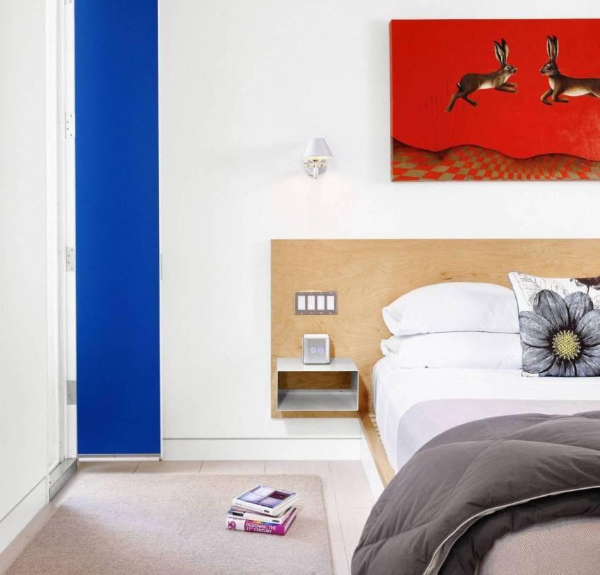 Тумбочки для спальни могут быть изготовлены из разных материалов