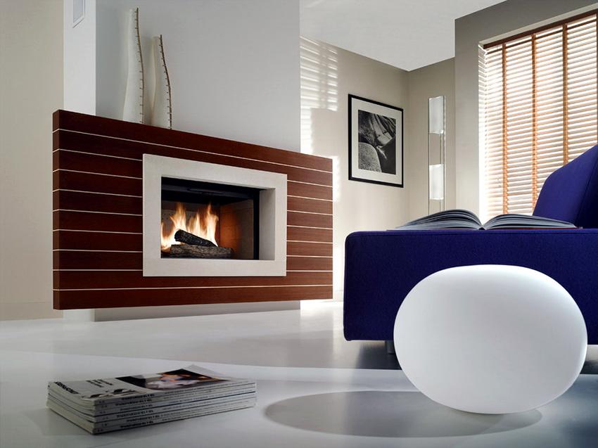 Печь-камин не только обогреет помещение, но и создаст приятную атмосферу