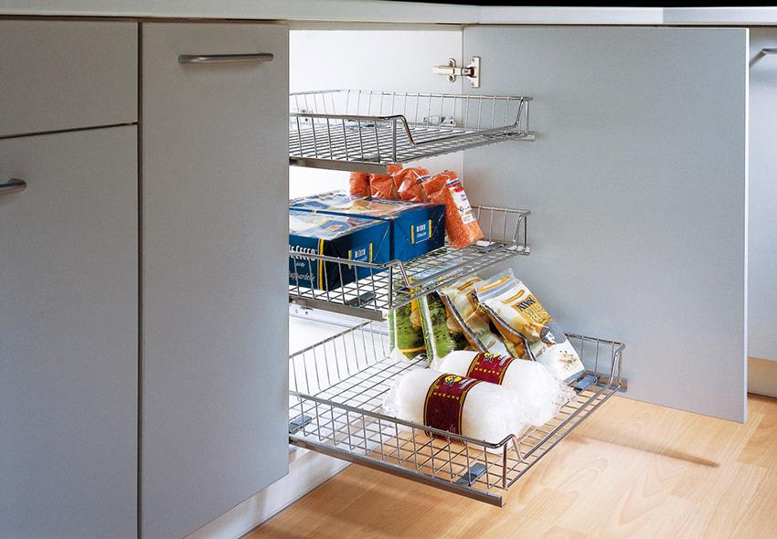 Выдвижные системы используются для хранения разнообразных предметов