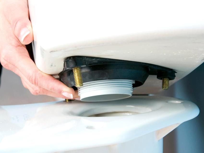 Под крепежные элементы рекомендуется использовать конусные прокладки