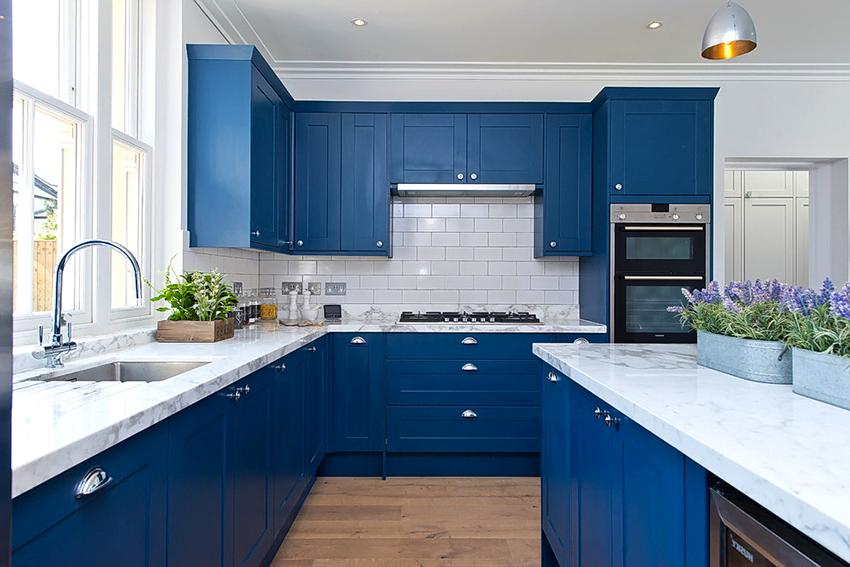 Цвет для кухни подбирается с учетом габаритов помещения и общей концепции