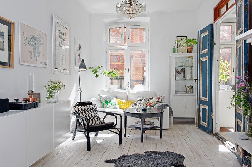 Мебель должна быть представлена в минимальном количестве, благодаря чему удастся не загромоздить помещение