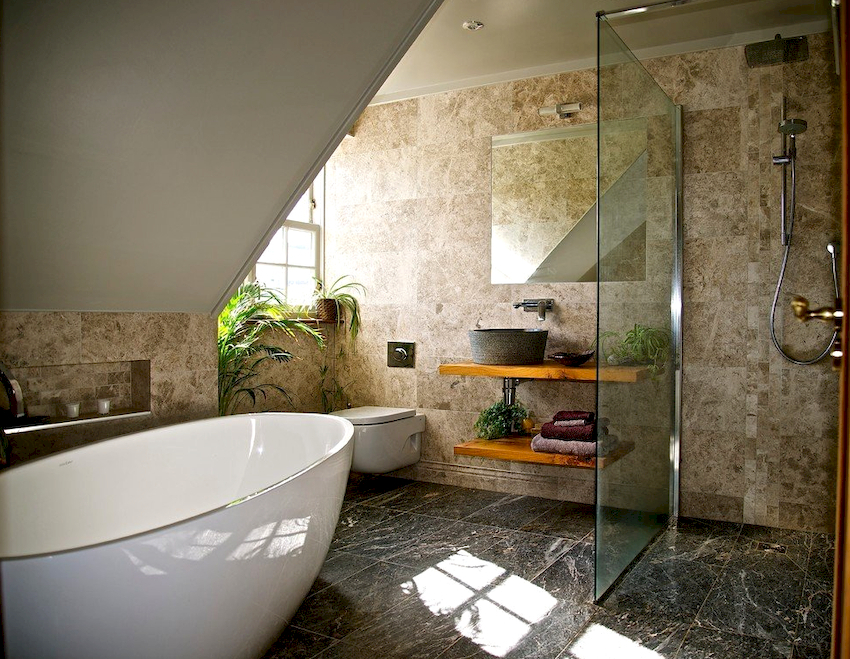Оформление стен является важным этапом в комплексном подходе к отделке ванной комнаты