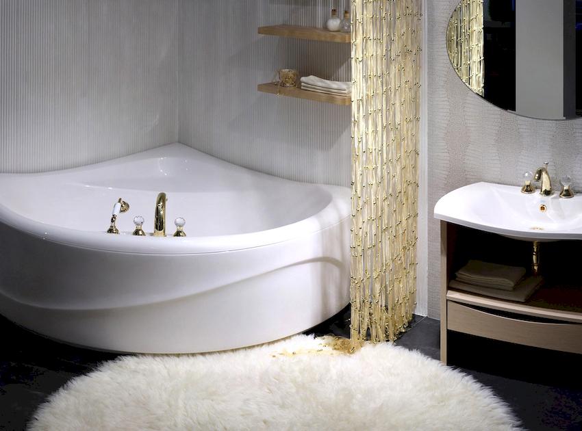 Главное преимущество угловой ванны – это эргономичность