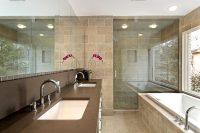 Перед началом работ в ванной необходимо определиться с основным и дополнительными цветами интерьера будущего помещения