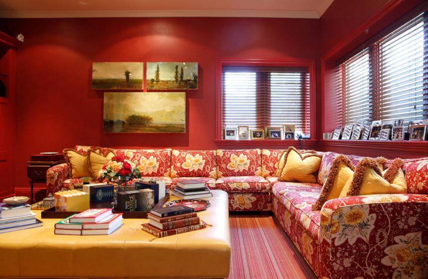 Чтобы углубиться в правила применения красных покрытий, необходимо определиться с оттенком, который будет использоваться в интерьере
