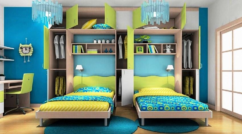 Подъемная конструкция позволяет спрятать оба спальных места в шкаф