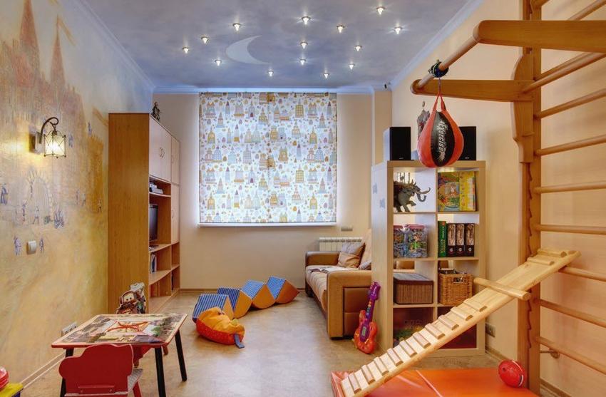 Стандартные варианты шведских стенок имеют размеры 200х60 см, представляют собой лестницу с округлыми перекладинами