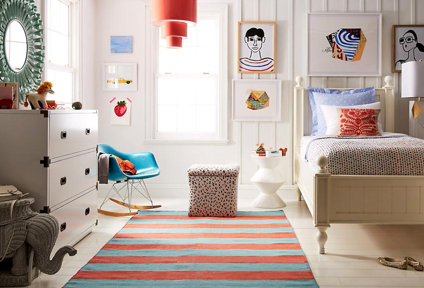 Для пассивной и флегматичной девочки нужно выбирать мебель с яркими фрагментами, выразительным декоративным дополнением