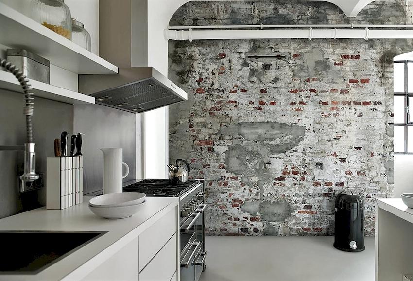 Для оформления современного интерьера кухни можно использовать разные материалы, фактуры и рисунки