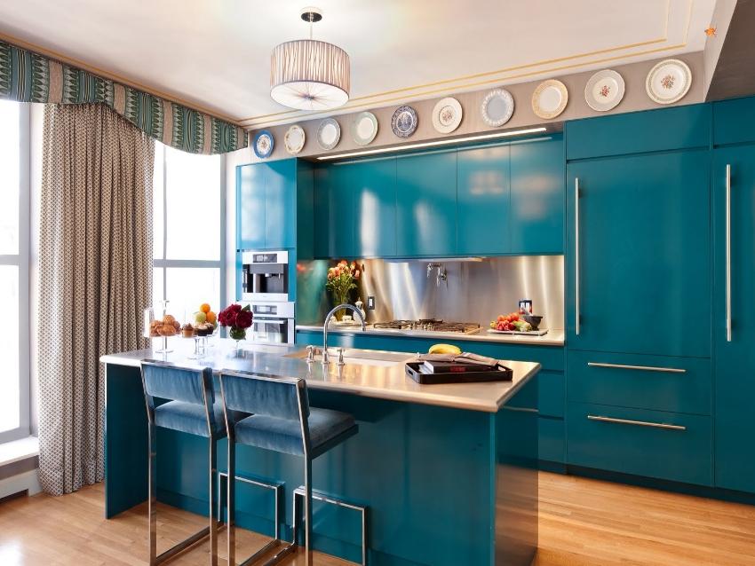 Шторы для кухни должны быть не только красивыми, уютными, оригинальными, но и удобными для бытового использования