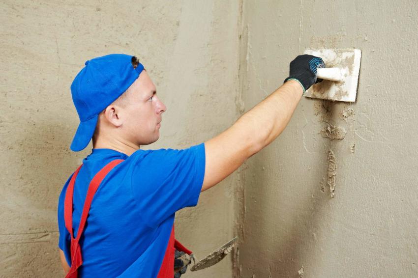 Самый лучший результат можно получить при оштукатуривании стен по маякам