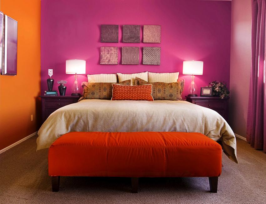 Тандем розового с оранжевым выглядит свежо и нестандартно