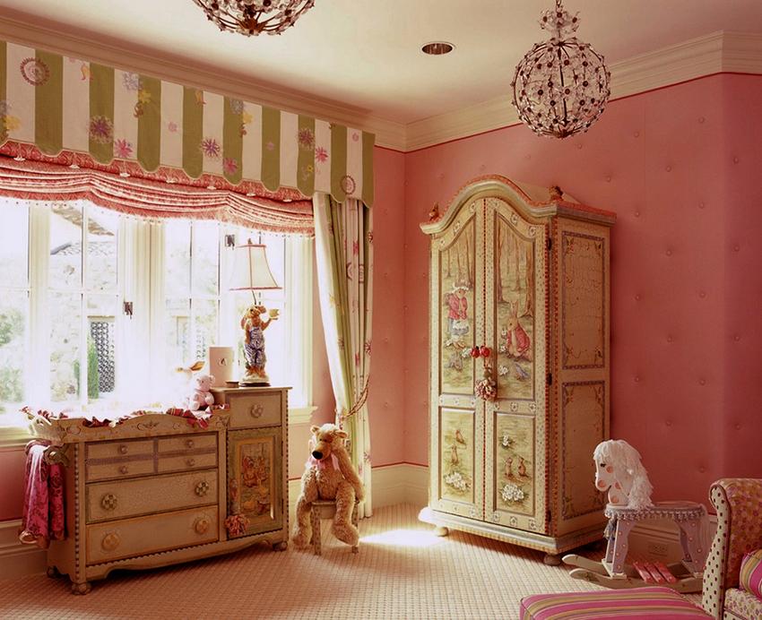 Материал для изготовления шкафа в детскую должен быть безопасным, износостойким и прочным
