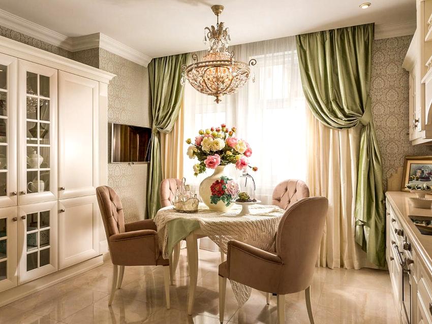 ежели был избран вариант дизайна кухни в традиционном стиле, то в данном случае уместно повесить пышноватые двойные портьеры