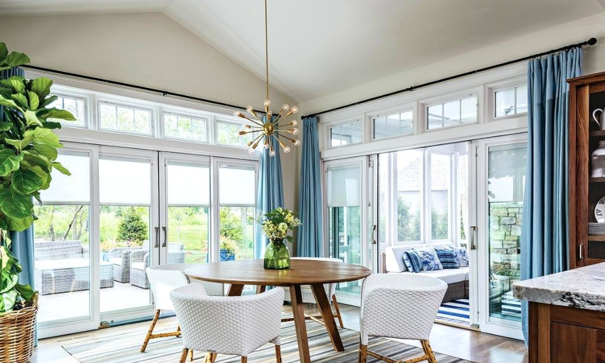 Прежде чем выбрать модель штор на кухню, следует заранее определиться с их цветом
