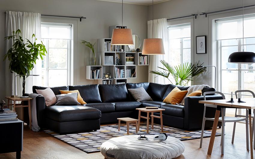 Кожаные угловые диваны стоят дорого и нуждаются в тщательном уходе