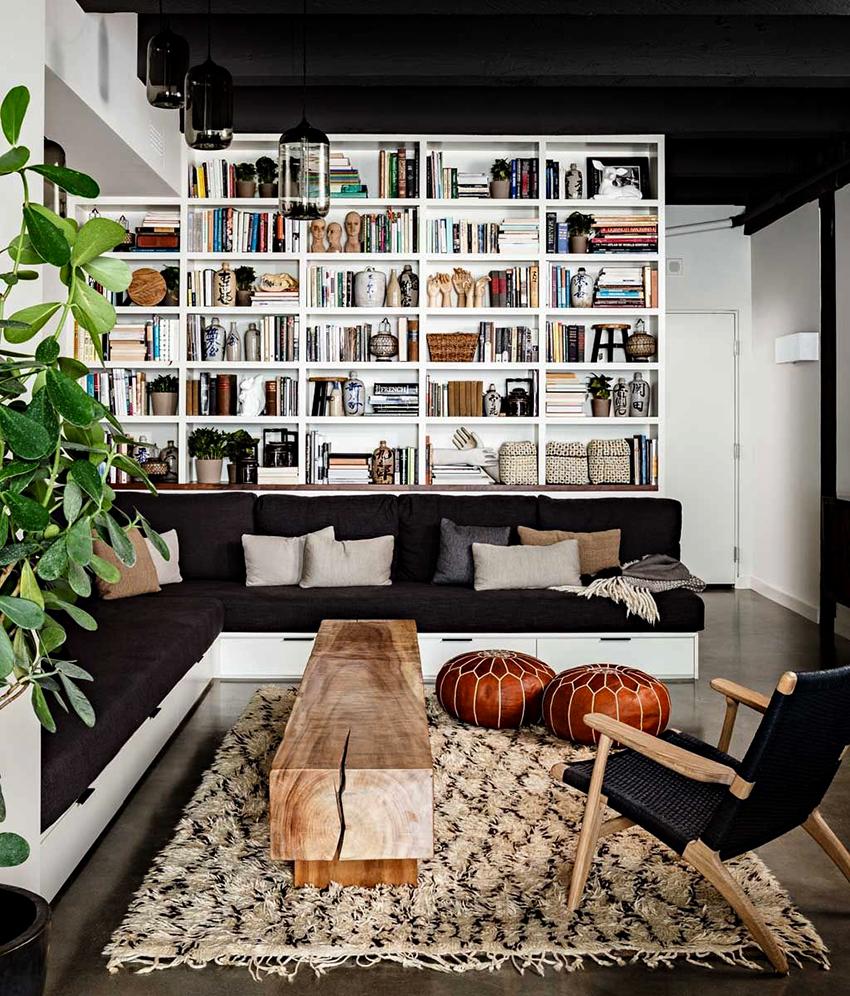 Угловые диваны с механизмом «Конрад» являются оптимальным вариантом для ежедневного использования