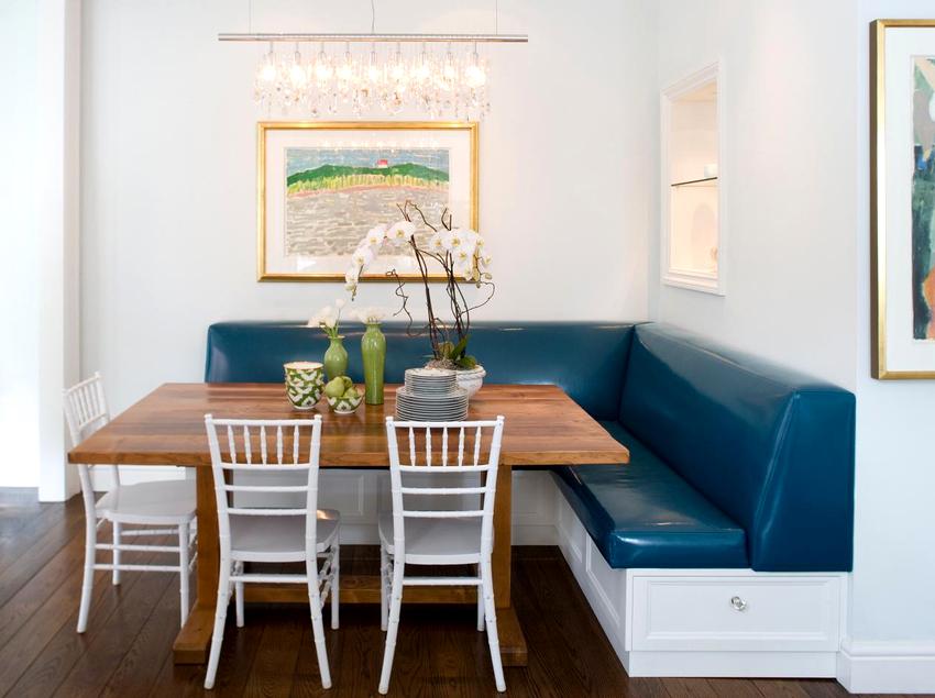 Стандартные размеры угловых диванов на кухню выглядят следующим образом: длина составляет 1,1-1,4 м, а сиденья имеют глубину 0,5-0,7 м
