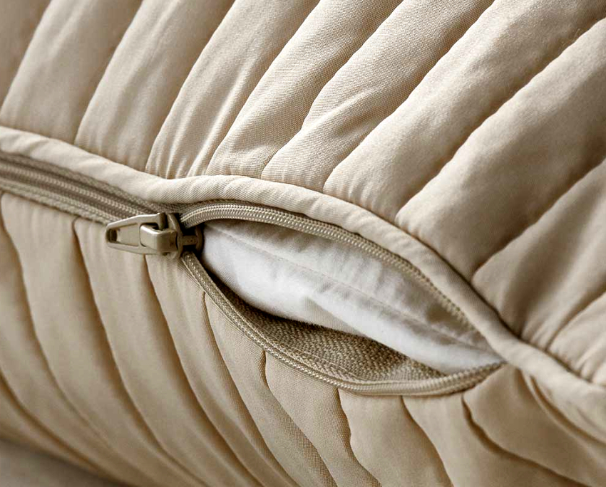 Чехлы могут быть как на весь диван целиком, так и на каждую его часть отдельности