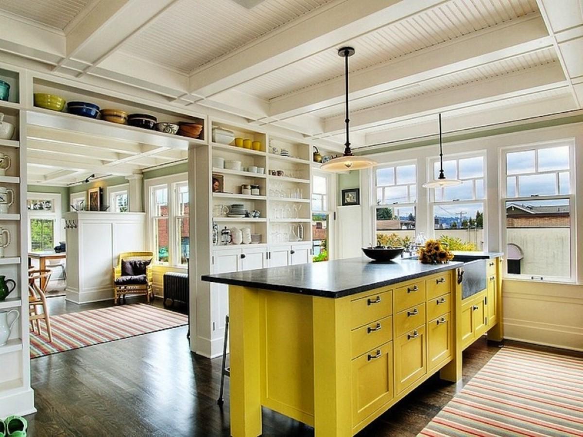 Самое главное в оформлении кухни в желтых тонах — удачно подобрать оттенок