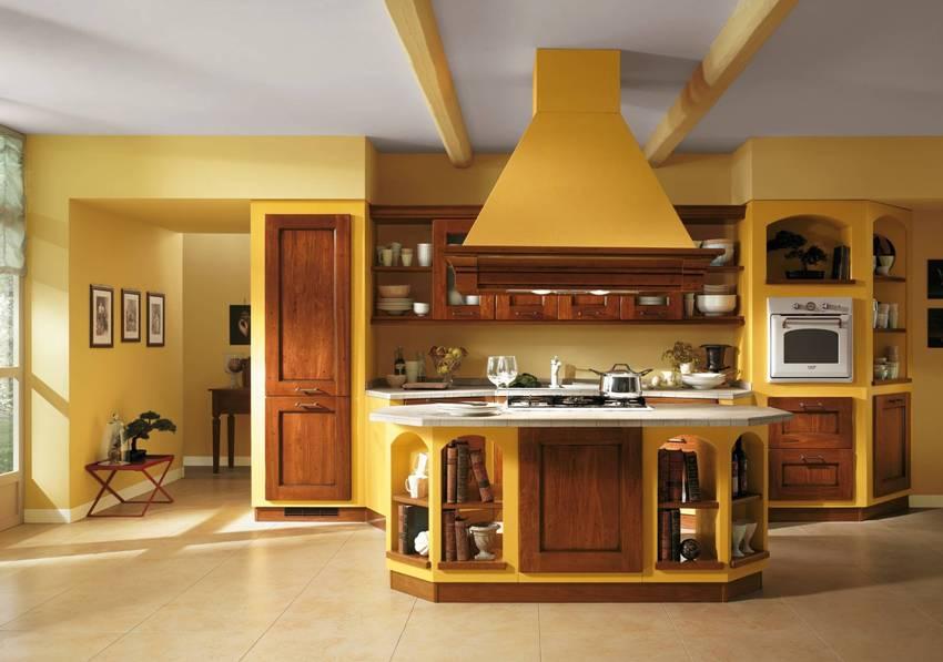Темные оттенки желтого в интерьере кухни могут вызывать не слишком положительные эмоции