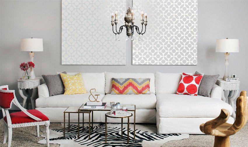 Для небольших гостиных подходят модульные диваны, из которых, как из конструктора, можно составить один большой