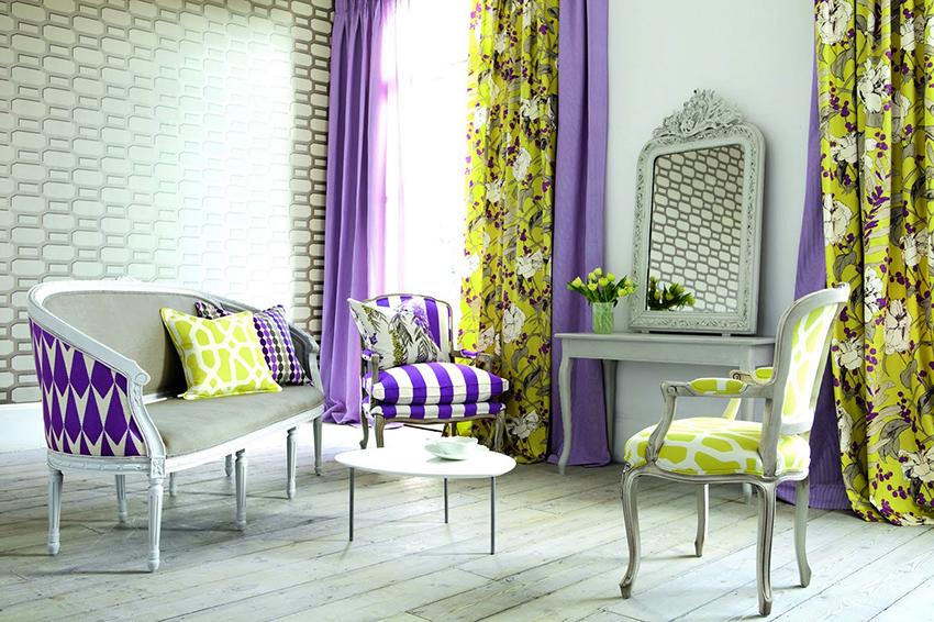 Цвет и фактура штор должны перекликаться с другими элементами интерьера