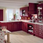 Фиолетовые кухни: лиловое настроение в интерьере  подробно, на фото