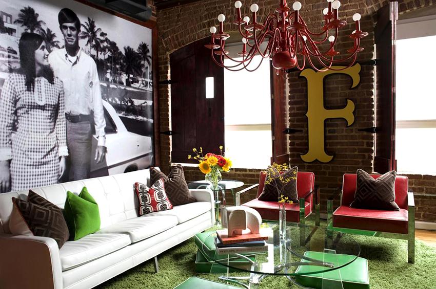 Фотообои в гостиной являются идеальным вариантом декорирования