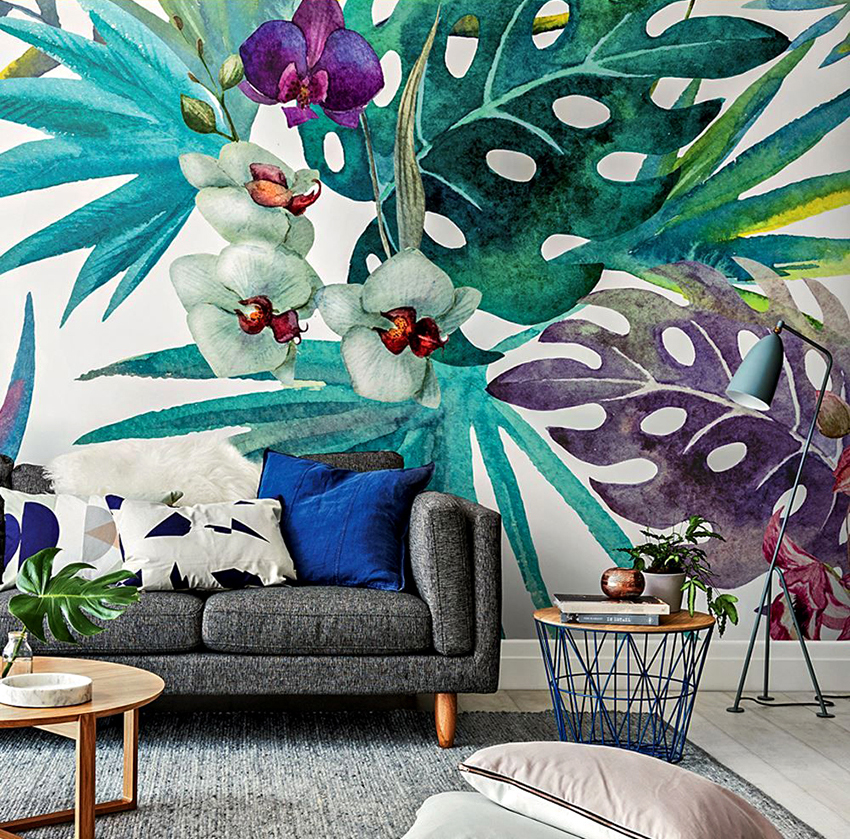 Фотообои на стене в зале подчеркивают стилевое направление помещения