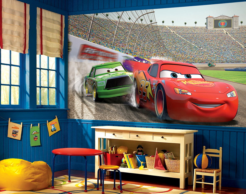 Флизелиновые фотообои в интерьере детской комнаты считаются наиболее удачным вариантом