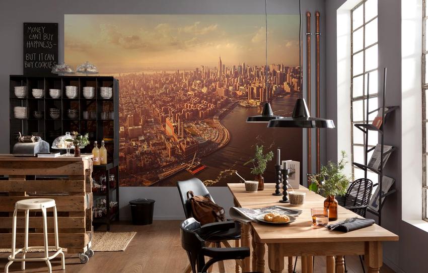 Красивые изображения на обоях станут отличным украшением стены в столовой зоне