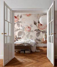 Благодаря фотообоям спальня заиграет совсем другими красками