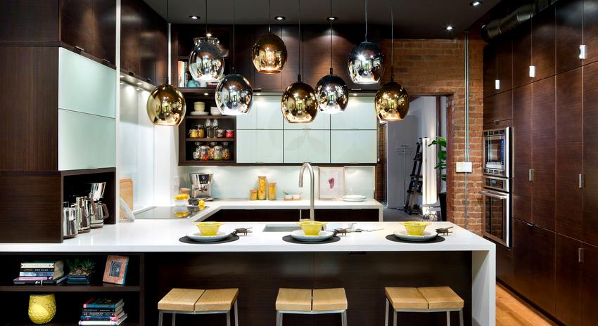 Выбор цвета люстры напрямую зависит от стилистики помещения и личных предпочтений хозяев