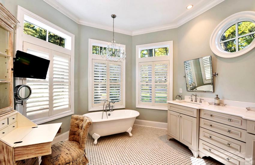Выбор модульных комплектов для ванн значительно упрощает организацию пространства