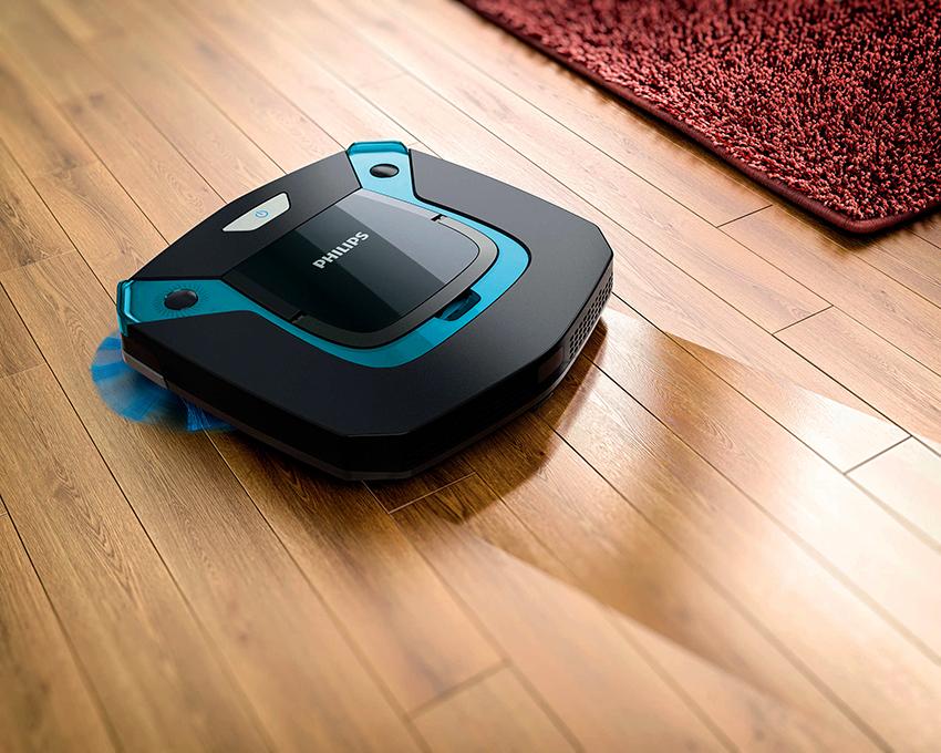 По типу управления устройства бывают ручные и роботы-пылесосы
