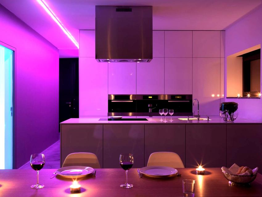 Лучшим элементом помещения для декорирования является подвесной многоуровневый потолок