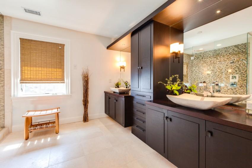 Современные шкафчики для туалетных комнат различаются по внешнему виду и эксплуатационным характеристикам