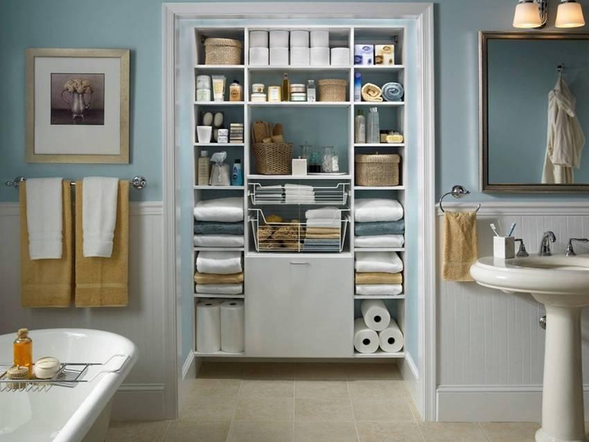 Шкаф дает возможность для обустройства дополнительного места под хранение бытовой химии и прочих чистящих аксессуаров
