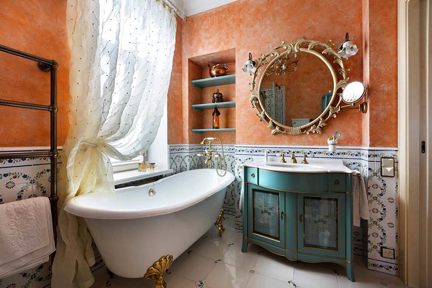 Если в ванной есть окно, то нужно выбирать шкафы устойчивые к воздействию солнечных лучей