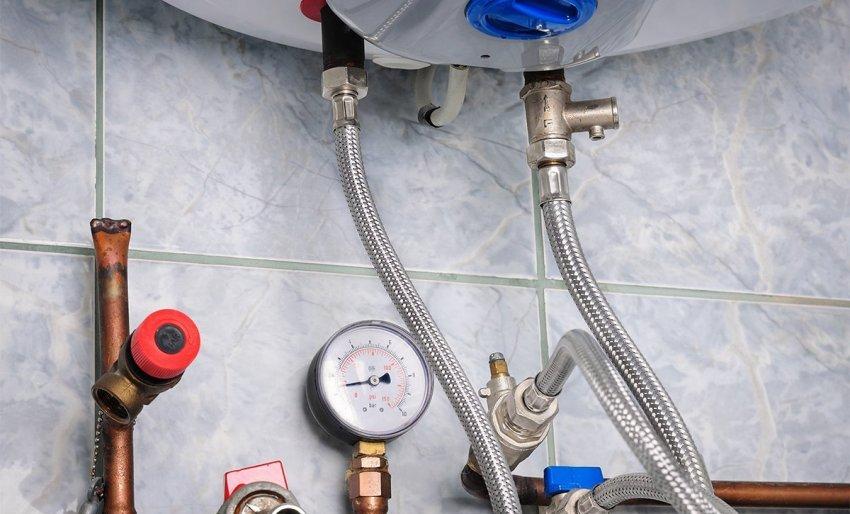 Сильфонная подводка должна соответствовать температуре и давлению воды