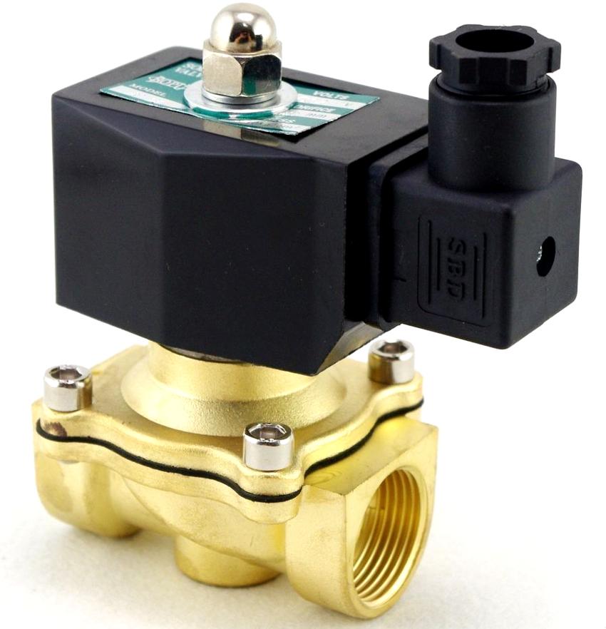 В конструкции любого электромагнитного клапана присутствует управляющий элемент, им может быть золотник, мембрана или поршень
