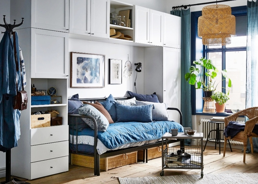 К выбору стенки в спальню следует подойти очень серьезно