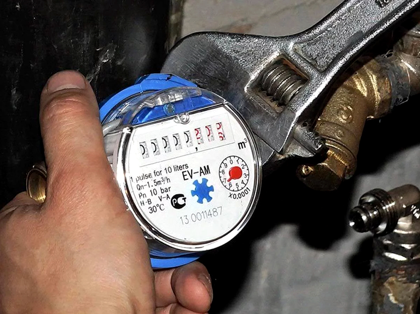 Сам процесс самостоятельного монтажа водоизмерительного устройства выполняется сравнительно просто